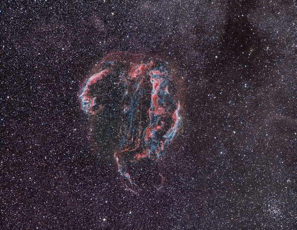 The Veil Nebula taken with Canon 200mm lens and SBIG camera by Rainer Sparenberg and Stefan Binnewies